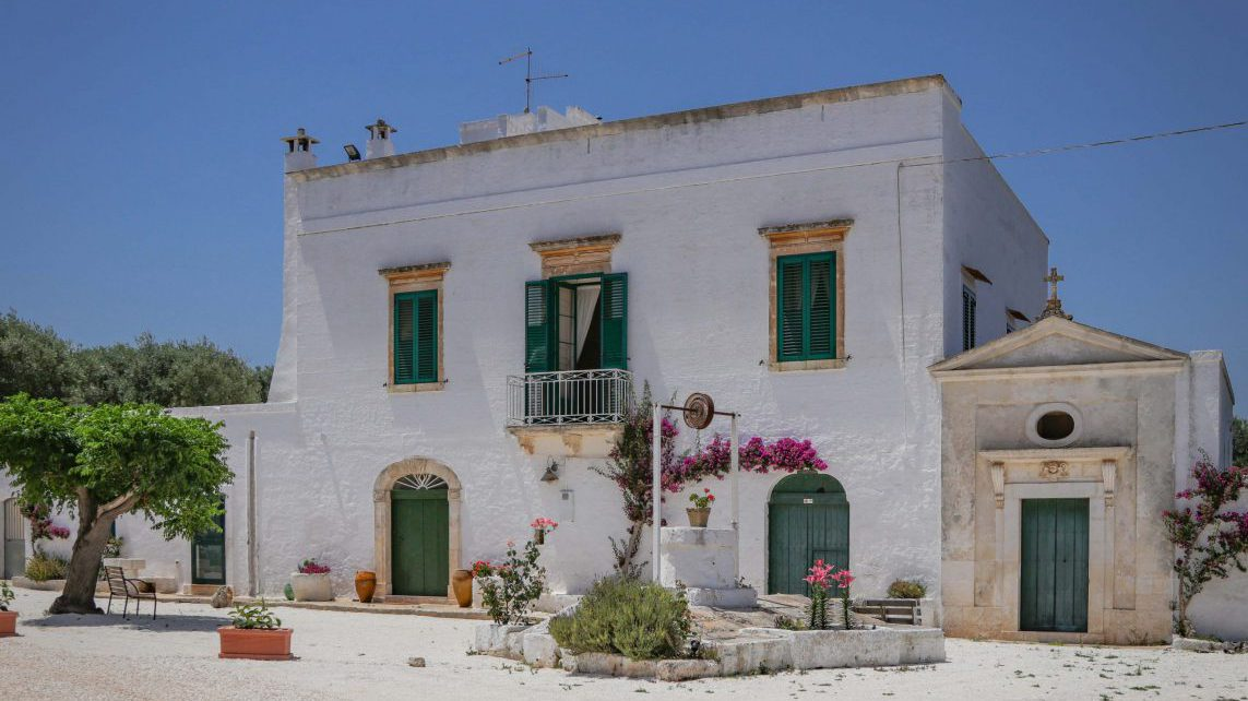 Masseria Bellavista historic holiday vacation rental villa in ostuni puglia with seaview and pool