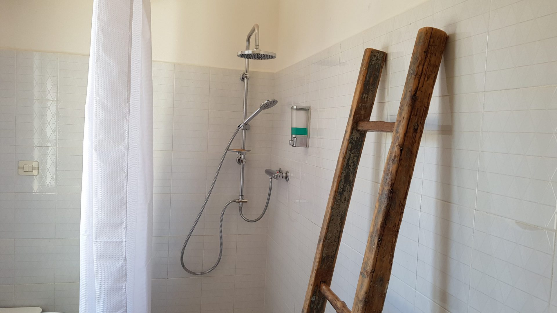 The second bathroom at Masseria Bellavista Ostuni Vacation holiday rental villa in Puglia with pool and seaview
