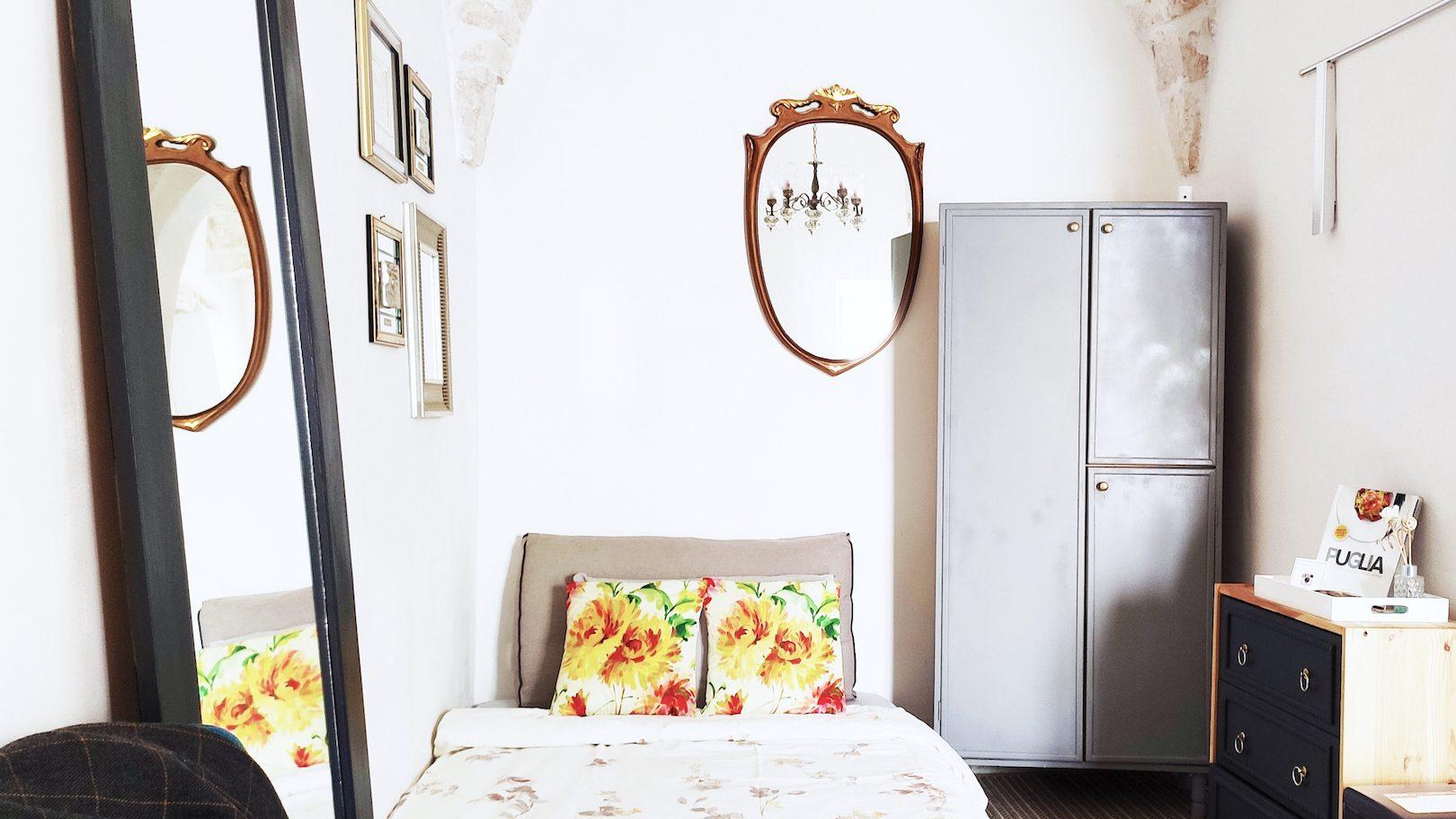 Sofa turned single bed in Casa dei Fiori holiday vacation rental home in Ostuni Puglia